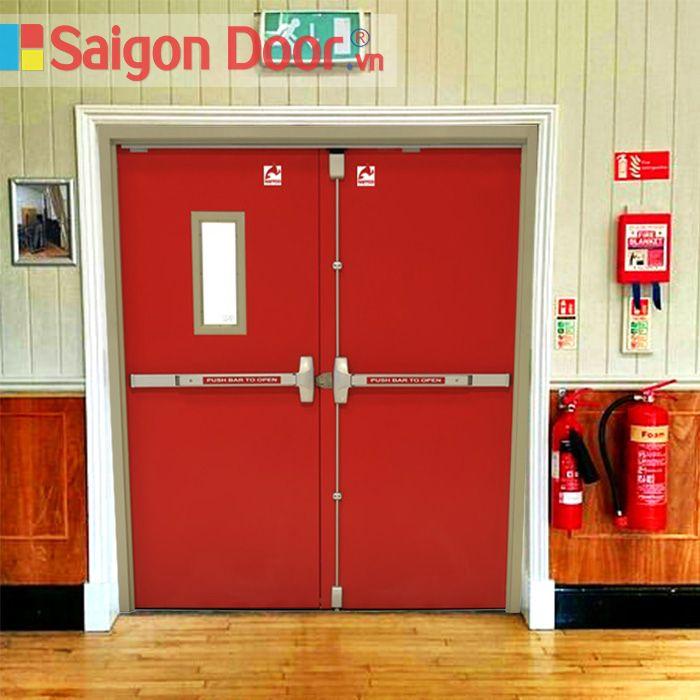 Vì sao nên lắp đặt cửa chống cháy?