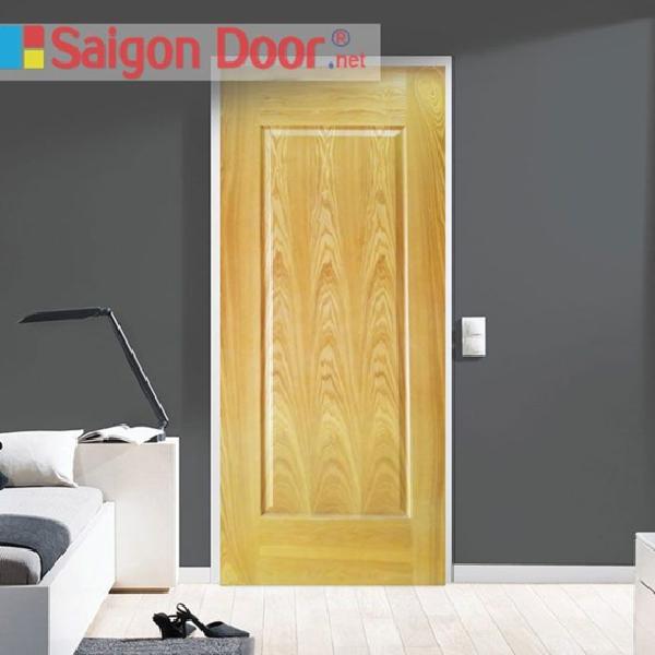 Mẫu cửa gỗ HDF Veneer với lớp sơn phủ bên ngoài có đường vân gỗ như gỗ tự nhiên, giúp tăng thêm sự sang trọng cho ngôi nhà