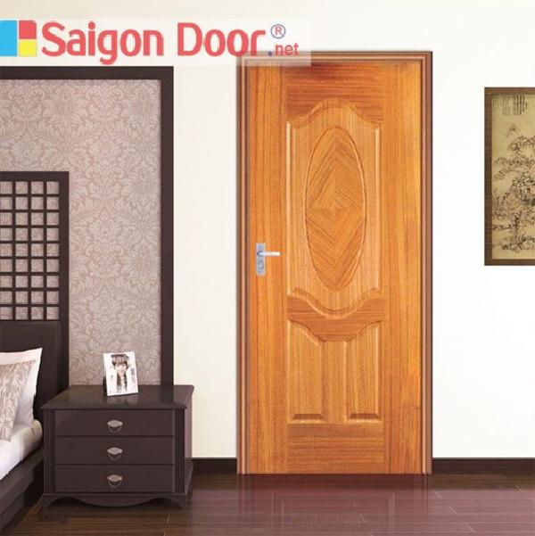 Cửa gỗ màu cánh gián thích hợp cho mọi ngôi nhà
